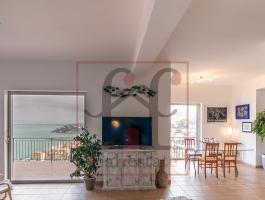 Appartamento di 150 mq con Giardino