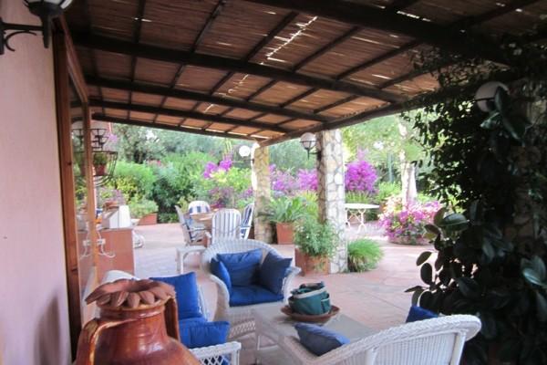 villa-146ED27187-A19D-E085-F2DD-E04570B622CB.jpg